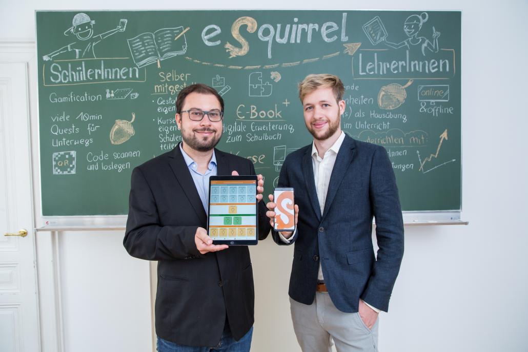 Die beiden eSquirrel-Geschäftsführer Michael Maurer und Simon Strassl machen Lernen mobil.